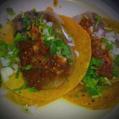 Photo taken at Tacos El Pastorcito by Luis G. on 4/13/2013