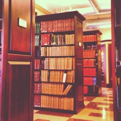 Photo taken at Geology Library, Columbia University by Rachel S. on 1/23/2013