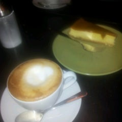 Photo taken at Latte by Mika S. on 2/3/2013