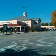 Photo taken at North Georgia Premium Outlets by V4SB .. on 10/17/2012