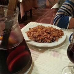 Photo taken at Restaurante Cielo Dragón by Enrique R. on 4/26/2013