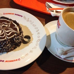 Photo taken at Dunkin' Donuts by Dae Aan R. on 12/21/2014