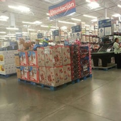Photo taken at Sam's Club by Pro V. on 12/27/2012