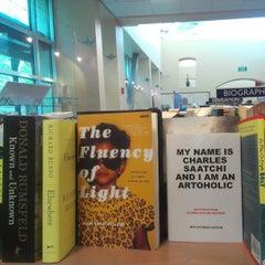 Photo taken at The University of Arizona Bookstores by Ben Q. on 4/13/2013