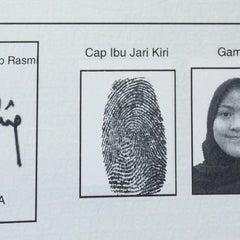 Photo taken at Jabatan Imigresen Malaysia - Melaka by Siti A. on 3/20/2015