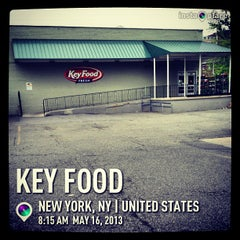 Photo taken at Key Food by Manny G. on 5/16/2013