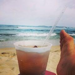 Photo taken at Bolongo Bay Beach Resort by Tom M. on 7/10/2014