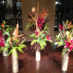 Photo taken at EDGE Restaurant And Bar At Four Seasons Hotel Denver by Tim J. on 11/22/2012