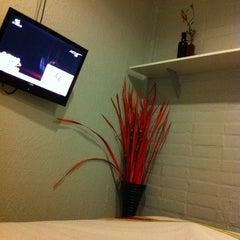 Photo taken at Padi Madi Guesthouse by Caroline A. on 10/26/2012