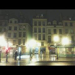 Photo taken at Métro Saint-Paul – Le Marais [1] by Antonios T. on 5/4/2015