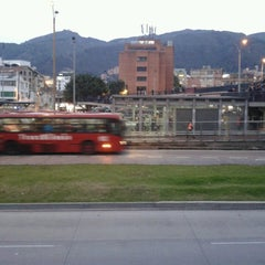 Photo taken at TransMilenio: Héroes by Anibal M. on 2/18/2013