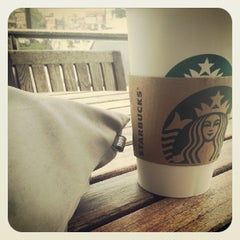 Photo taken at Starbucks Coffee by Carlo B. on 8/21/2013