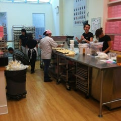Photo taken at Georgetown Cupcake by Nicole A. on 9/21/2012