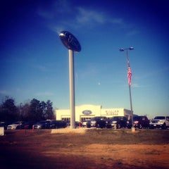 Photo taken at WILLIAM MIZELL FORD by Rebekah D. on 2/24/2014