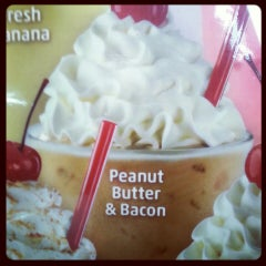 Photo taken at SONIC Drive In by Tara on 5/1/2013