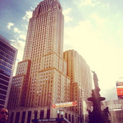 Photo taken at U.S. Bank Ice Rink on Fountain Square by David G. on 9/21/2014