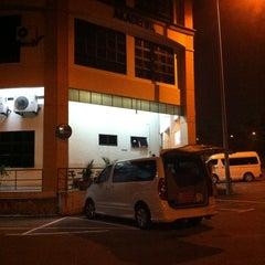 Photo taken at Kolej Komuniti Pasir Gudang by nazs a. on 10/3/2013