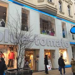 Photo taken at Blue Tomato Shop Wien by Savvas P. on 12/6/2014