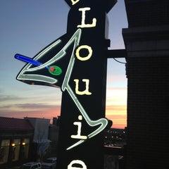 Photo taken at Bar Louie Easton by john s. on 4/5/2013