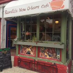 Photo taken at Bardia's New Orleans Cafe by leigh w. on 12/5/2014
