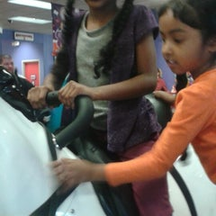 Photo taken at Chuck E. Cheese's by John F. on 3/2/2015