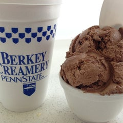 Photo taken at Berkey Creamery by Maja P. on 2/16/2013