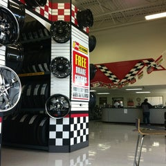 Photo taken at Les Schwab Tires by Michael W. on 12/8/2012