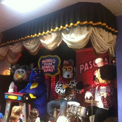 Photo taken at Chuck E. Cheese's by Sa'lome H. on 11/3/2012