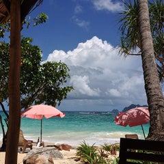 Photo taken at Phi Phi The Beach Resort (พีพีอันดามันบีชรีสอร์ท) by Ivan S. on 5/15/2013