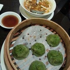 Photo taken at Asian Legend 味香村 by Winnie M. on 2/26/2014