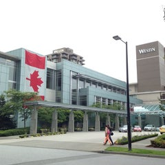 Photo taken at The Westin Bayshore, Vancouver by Aqua J. on 6/28/2013