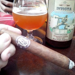 Photo taken at Tabacaria Davidoff by Gustavo S. on 5/8/2015