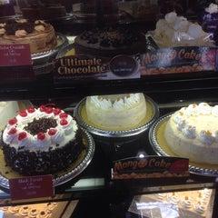Photo taken at Red Ribbon Bake Shop by Lex L. on 4/12/2014