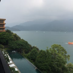 Photo taken at 涵碧樓 Lalu Hotel by Grace P. on 7/16/2015