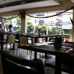 Photo taken at All Seasons Bangkok Siam Hotel by Ellin S. on 1/4/2013