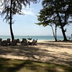 Photo taken at Sheraton Krabi Beach Resort by Gavin A. G. on 1/27/2013
