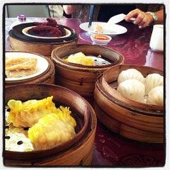 Photo taken at Wong Kok Restaurant @ Penampang by Erick C. on 1/18/2013