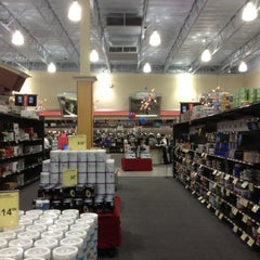 Photo taken at Fry's Electronics by Ash N. on 10/14/2012