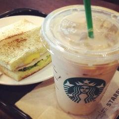 Photo taken at Starbucks (สตาร์บัคส์) by Ki Ki Y. on 3/14/2013