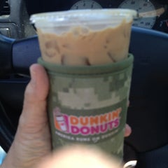 Photo taken at Dunkin' Donuts by Stacy W. on 5/25/2014