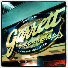 Photo taken at Garrett Popcorn Shops by Victor G. on 10/4/2012