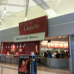Photo taken at Chipotle Mexican Grill by Ben K. on 6/22/2013
