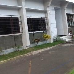 Photo taken at Kantor Imigrasi Kelas I Manado by Keren M. on 10/18/2013