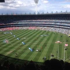Photo taken at Melbourne Cricket Ground (MCG) by Sam Y. on 9/29/2012
