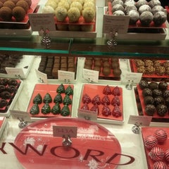 Photo taken at Godiva Chocolatier by Dwayne K. on 11/27/2012