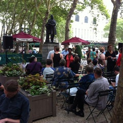 Photo taken at The Reading Room - Bryant Park by Paul W. on 7/29/2014