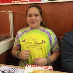 Photo taken at Friendly's by Karen D. on 11/22/2013