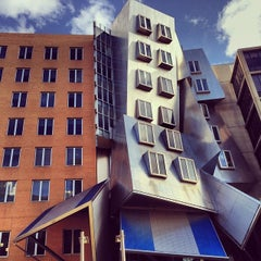 Photo taken at MIT Stata Center (Building 32) by bo g. on 10/25/2013
