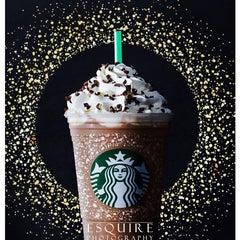 Photo taken at Starbucks by David E. on 11/20/2015