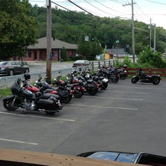 Photo taken at Rhodes North Tavern by Dora E. on 7/6/2013